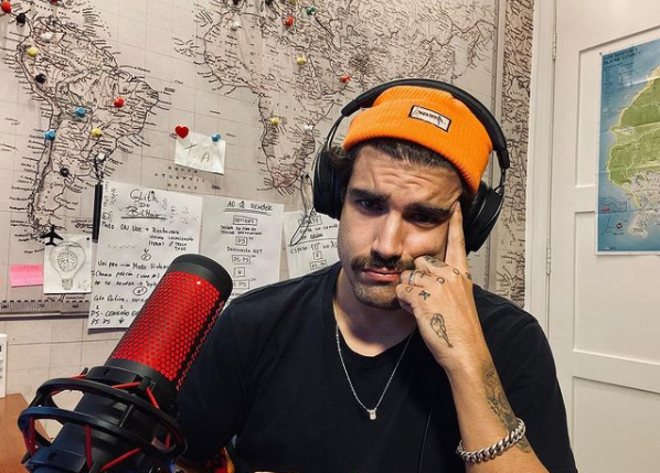 'A Fazenda': Caio Castro revela se substituirá Mion no comando do reality show