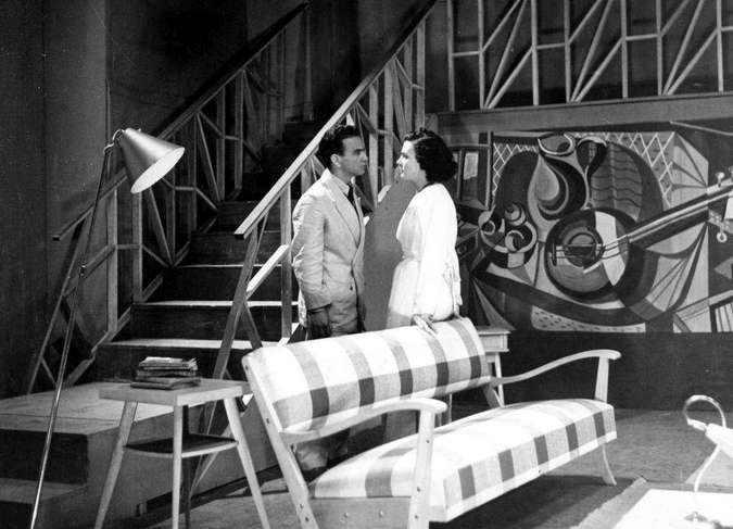 Marcia Real em cena, num dos teleteatros dos anos 50 na TV Tupi