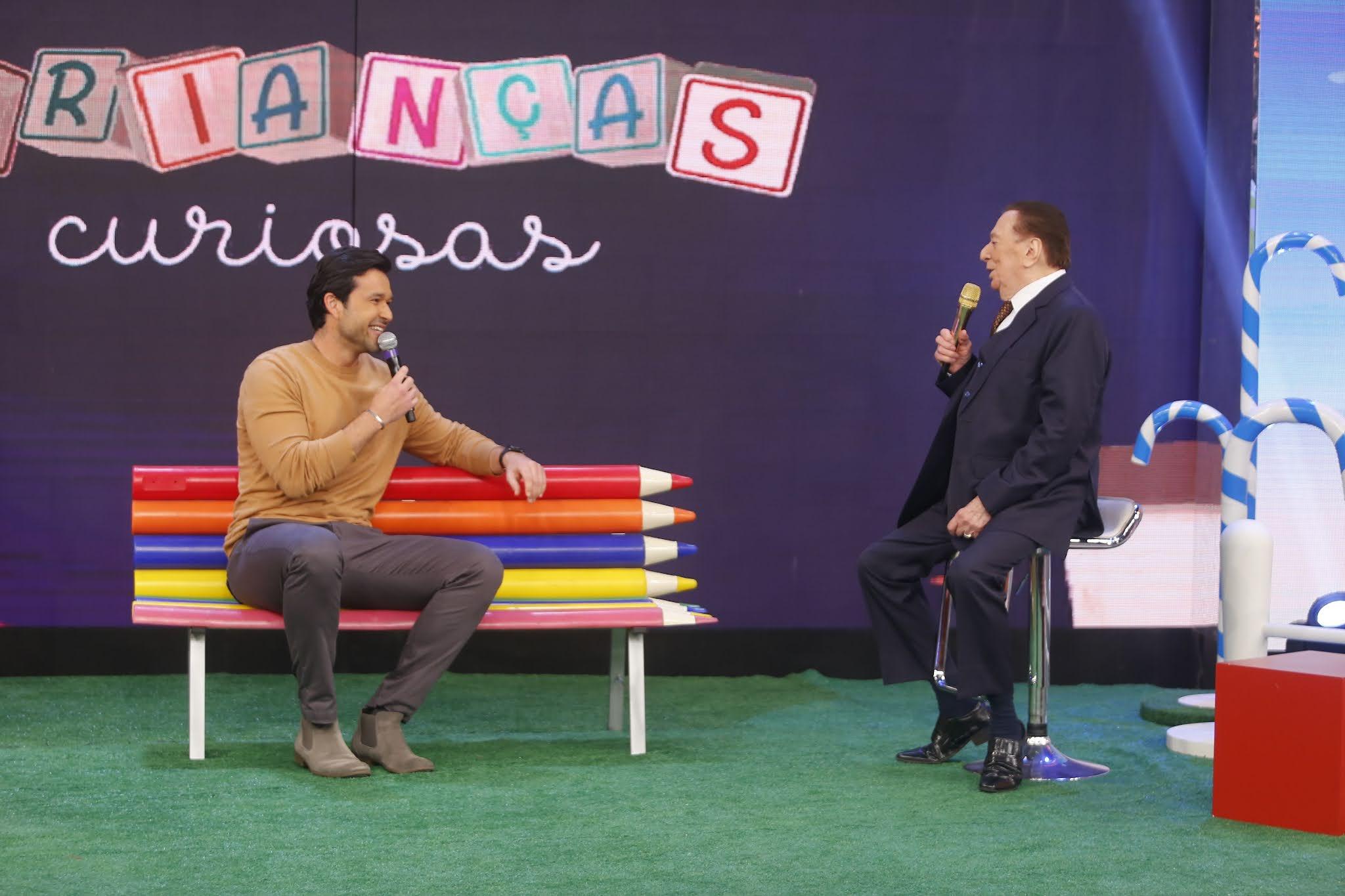 Raul Gil recebe Ana Paula Renault e Sergio Marone no programa deste sábado
